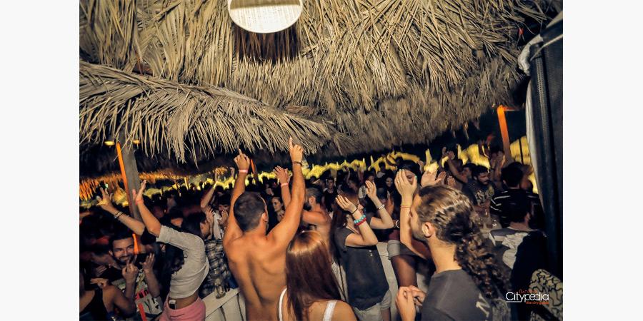la_roca_beach_bar_citypedia_kavala_002