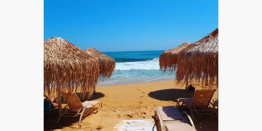 la_roca_beach_bar_citypedia_kavala_005
