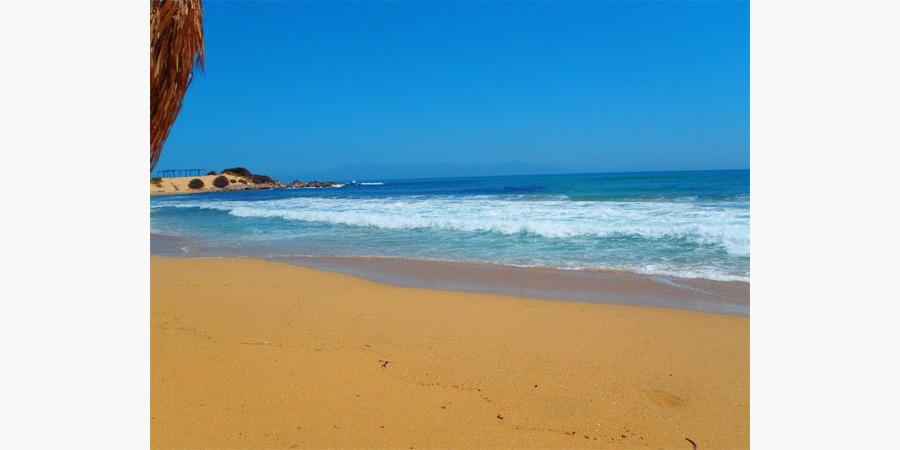 la_roca_beach_bar_citypedia_kavala_007