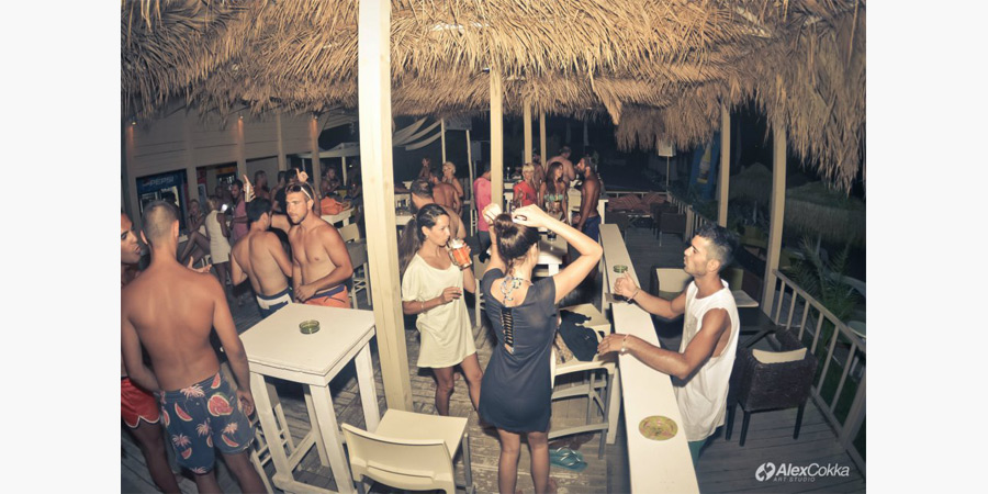 la_roca_beach_bar_citypedia_kavala_012