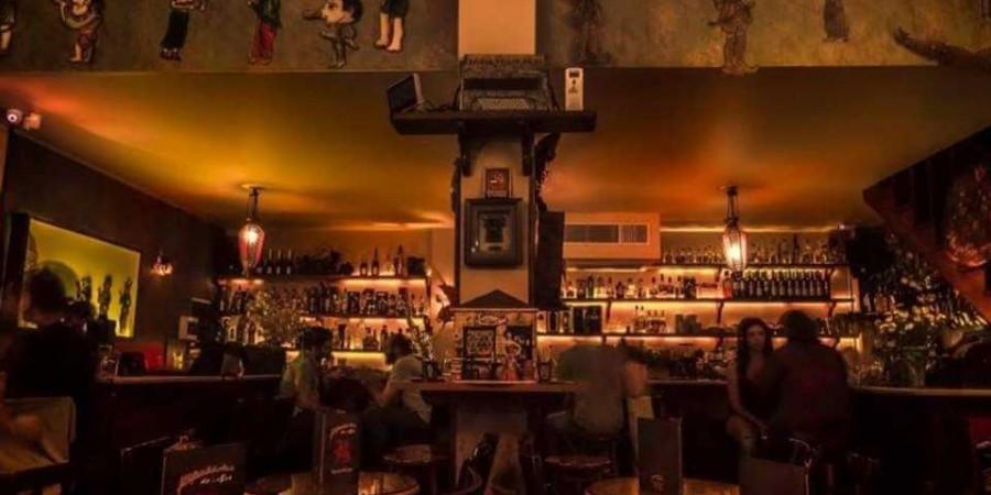 myrovolos-anoixis-cafe-bar-kavala-citypedia-esoterikos-xoros-004