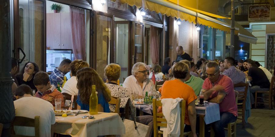 minas_tavernes_mezedopoleia_citypedia_kavala_005