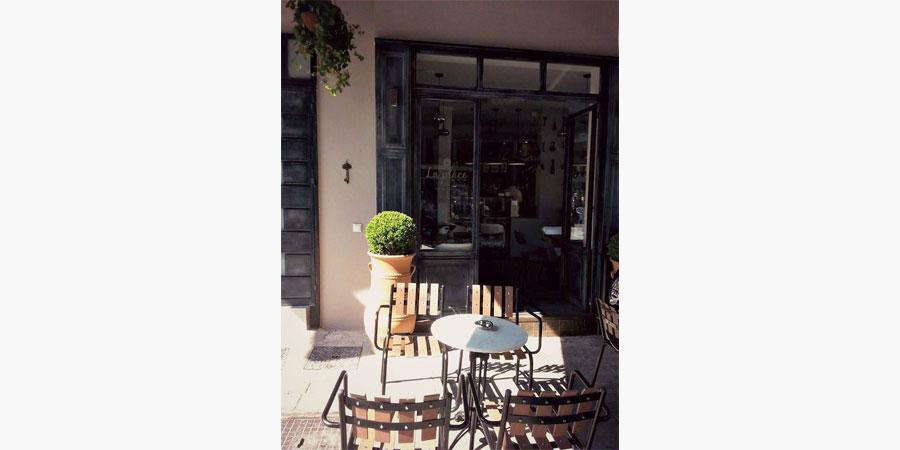 la_place_cafe_bar_citypedia_kavala_003