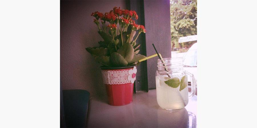 la_place_cafe_bar_citypedia_kavala_004
