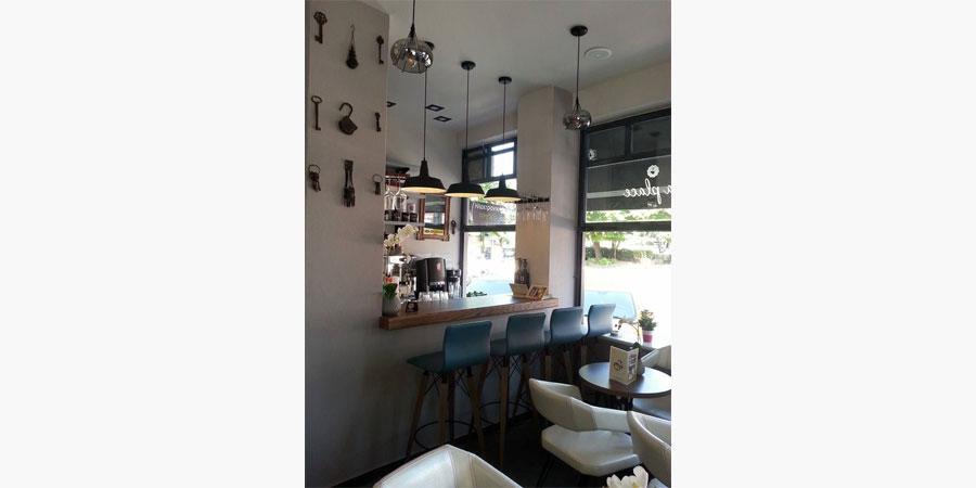 la_place_cafe_bar_citypedia_kavala_005