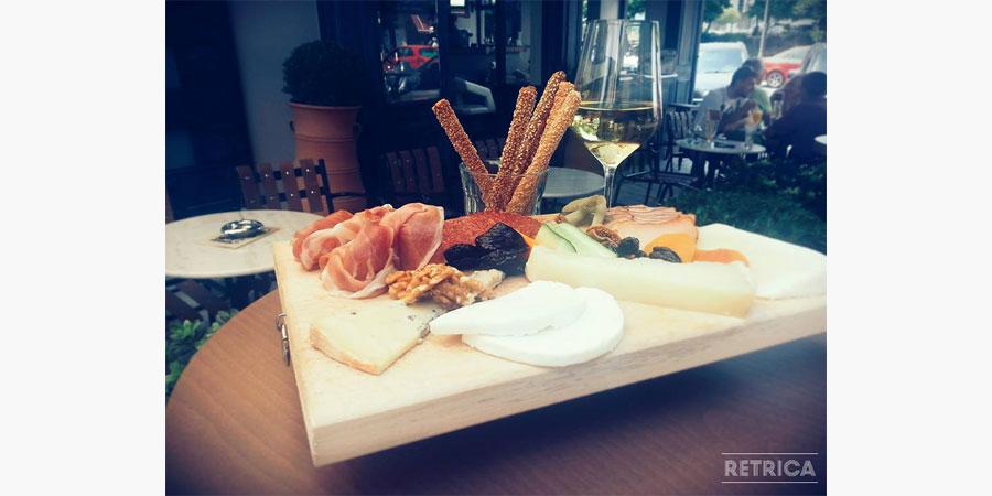 la_place_cafe_bar_citypedia_kavala_007