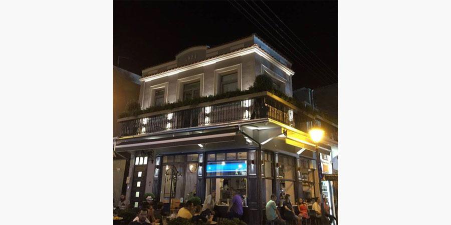 la_place_cafe_bar_citypedia_kavala_008