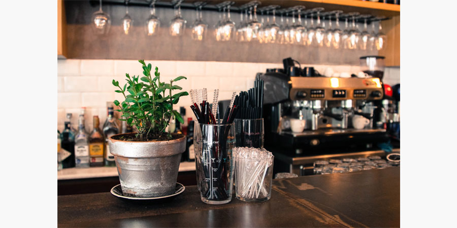francos_cafe_bar_citypedia_kavala_010
