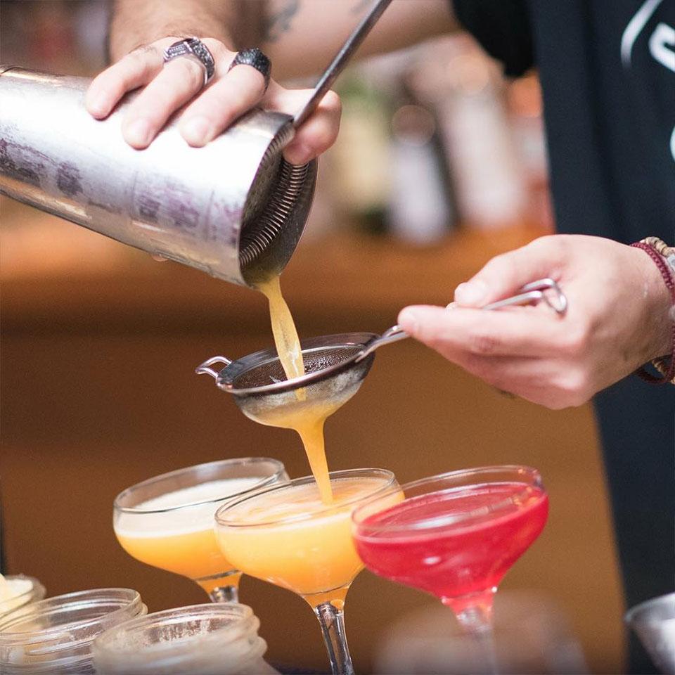 marine-all-day-bar-kavala-citypedia-cocktails-001
